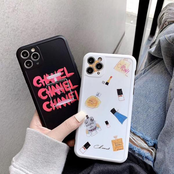 Chanel iphone11ケース